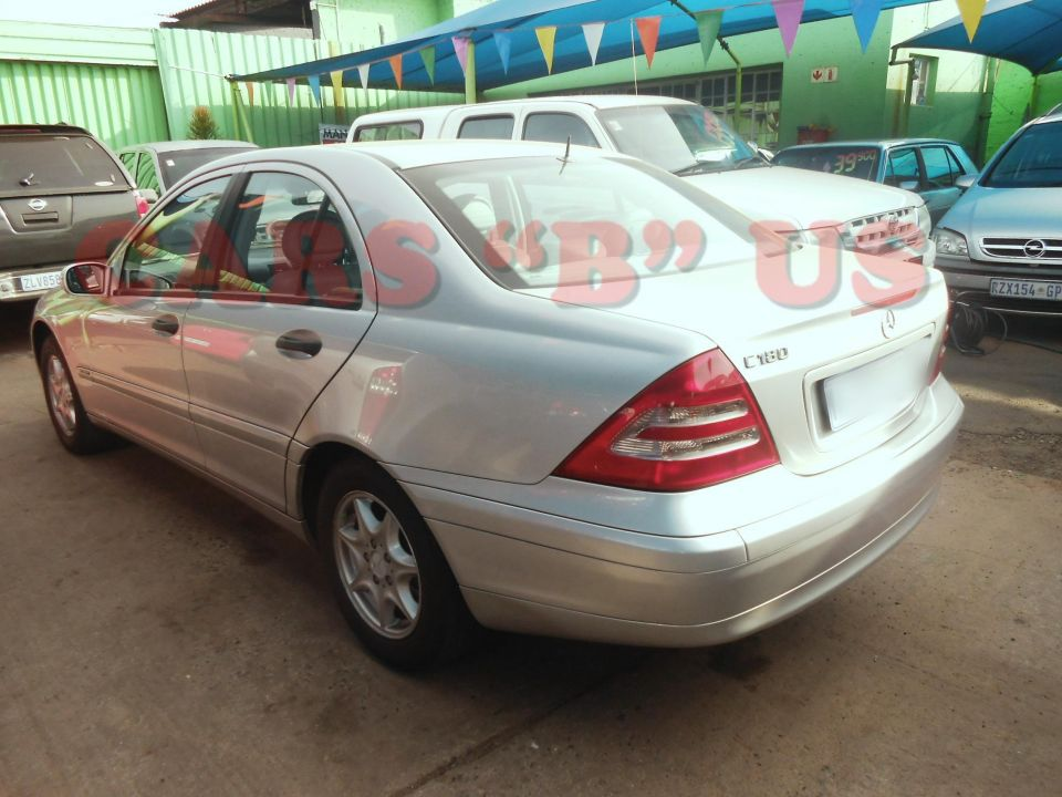 Mercedes benz c 180 classic for sale in roodepoort gauteng for Mercedes benz hours of operation